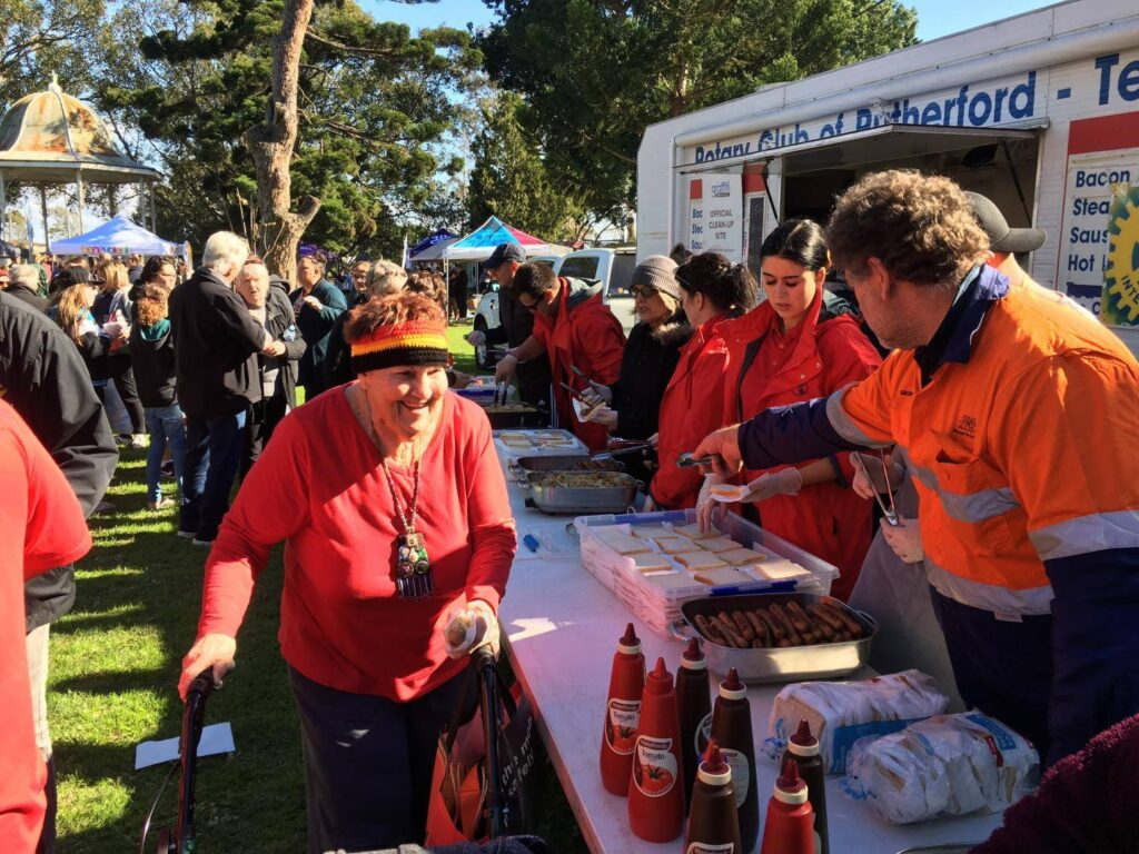 Outdoor Event Catering - The Rutherford Telarah Rotary Club Activities